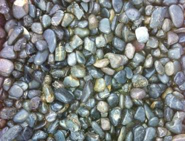 Black-Polished-Pebbles-8-12mm