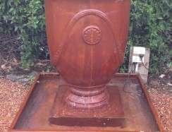 00999 Anduze Urn Iron Rust