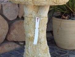 BB09 Log Birdbath Limestone